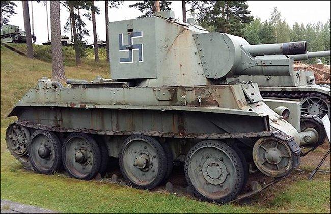 finnish-army-BT-42-assault-gun-parola