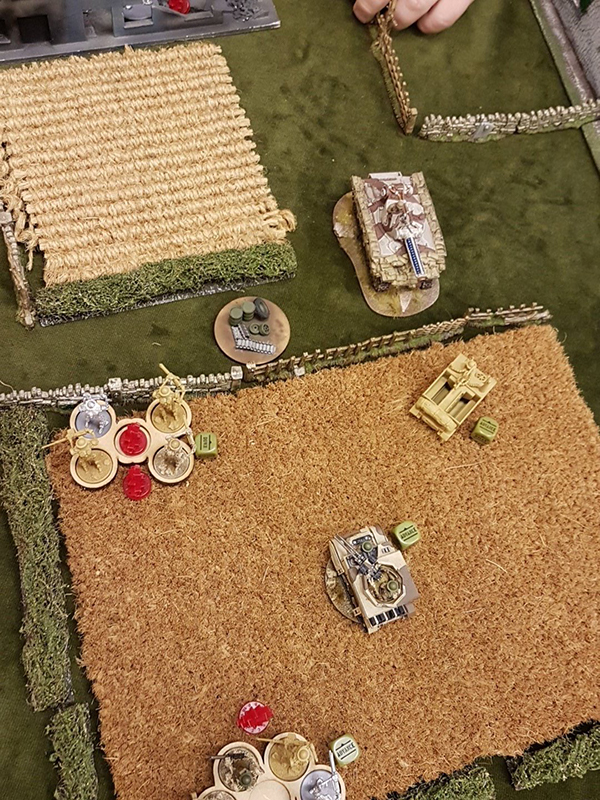 The game starts and the Automatons are already in trouble as the Sherman Tesla protects the middle objective